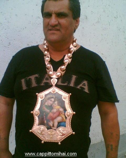 eleganza mafia berlus